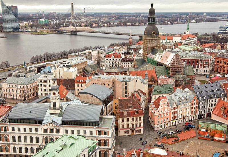 Улицы в Латвии полностью опустели