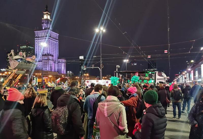 В Польше возобновились акции протеста против запрета абортов