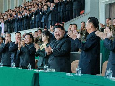 Слухи не подтвердились: супруга Ким Чен Ына вышла в свет