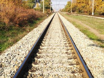 Баку и Тегеран торопятся соединить свои железные дороги