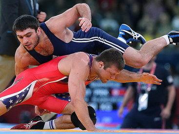 Азербайджанский борец выиграл чемпионат мира