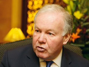 Чарльз Хендри: Энергоресурсы Азербайджана жизненно важны