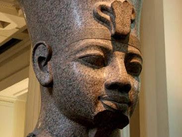 В Египте нашли статую фараона Аменхотепа III