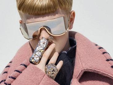 Мир сошел с ума: 11-летний мальчик стал лицом женской коллекции - ФОТОСЕССИЯ