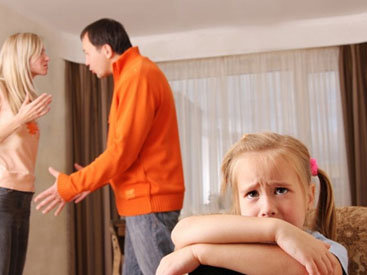 Ругань родителей изменяет детей