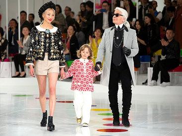 Показ круизной коллекции Chanel в Сеуле - ФОТО