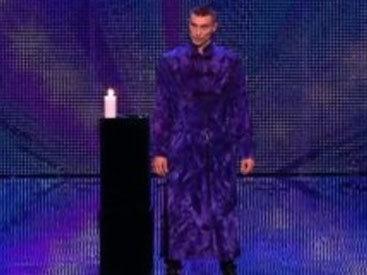 Зал в шоке: мужчина ошарашил зрителей на шоу талантов - ВИДЕО