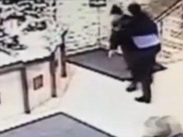 В Москве бомж устроил перестрелку в универмаге - ВИДЕО