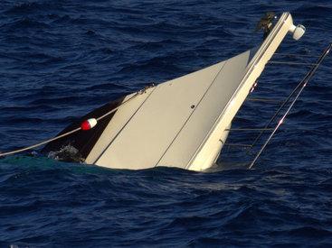 Судно с туристами затонуло у берегов Египта - ОБНОВЛЕНО
