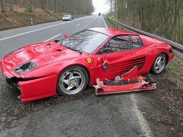 """Владелец """"Ferrari"""" разбил свой спорт-кар, спасая ежа"""