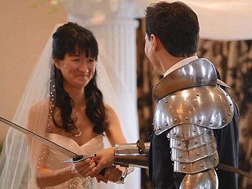 Сумасшедшая свадьба: торжество сорвали Бэтмен и ниндзи - ФОТО - ВИДЕО