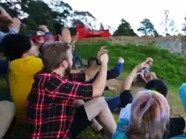 Экстремальный картинг на траве - ВИДЕО