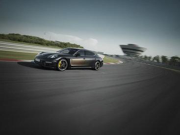 """Porsche показала самую дорогую """"Панамеру"""" - ФОТО"""