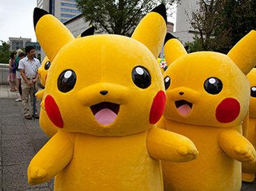 Тысячи Пикачу прошлись маршем по улицам Японии - ВИДЕО