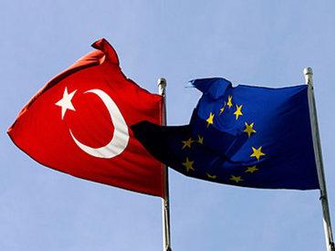 Турция должна выполнить 35 условий для отмены визового режима с ЕС