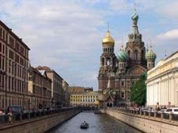 В Петербурге детям до 18 лет запретят выходить ночью на улицы