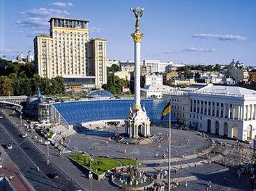 Силовики в Киеве готовятся штурмовать штаб манифестантов