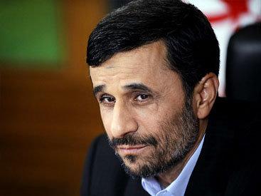 Ахмадинеджад предложил Хасану Рухани провести дебаты