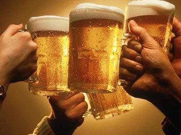 Продолжительности жизней пьющих и трезвенников озадачили специалистов