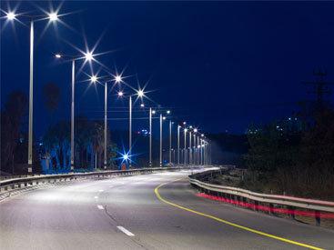 Новые фонари на дорогах Баку - для красоты, а не для света? - ЕСТЬ МНЕНИЕ