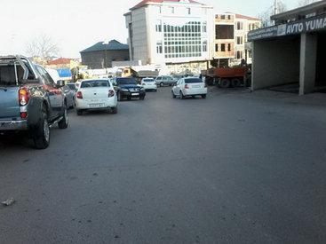 Полиция ищет управу на бесстрашных бакинских таксистов - ФОТО