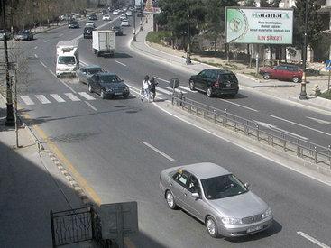 В Баку пешеходов лишили безопасного тротуара - ЕСТЬ МНЕНИЕ - КАРТА