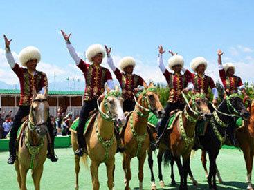 Ахалтекинцы: гордость Туркменистана – ФОТО