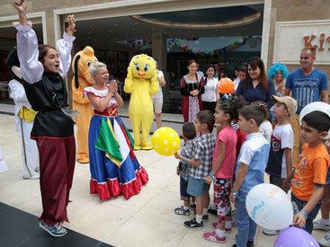 По инициативе Фонда Гейдара Алиева организовано очередное веселье для детей - ФОТО - ВИДЕО