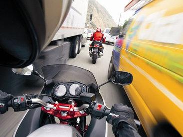 Бакинец-мотоциклист сыграл в шашки со смертью - ВИДЕО