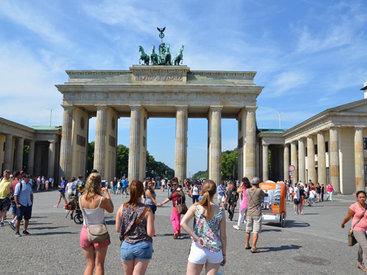 В гостях у Европы: в солнечном Берлине, или Осторожнее с соцсетями - ФОТО