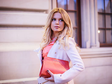 Fashion-блоггер iBlondee: Однажды оранжевой зимой... - ФОТО
