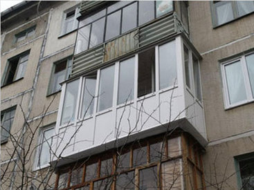 Жильцов этого дома в Баку держат в страхе