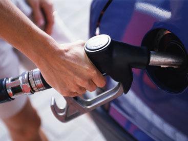 Автозаправки Азербайджана будут принимать бесконтактные платежи