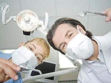 В Баку укол стоматолога убил пациента: возбуждено уголовное дело - ОБНОВЛЕНО