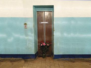 Опять лифт. В Баку внезапно оборвалась жизнь ребенка - ФОТО