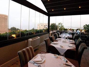 """""""Ресторанная критика"""": """"Terrasse Garden"""". Французский шик с видом на древности"""