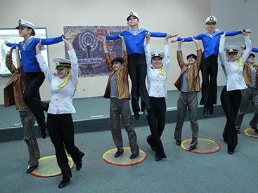 Состоялся телемост между учащимися школ Одессы и Баку - ФОТО
