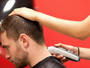 В Армавире из парикмахерской выгнали онкобольного клиента