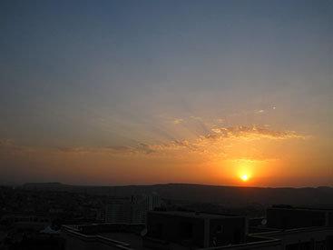 """Фотоклуб Day.Az"": Очарование заката: небесная красота над Баку - ФОТО"