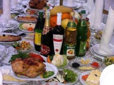 Azərbaycanda restoran qarşıdurması: toy xərcləri aşağı salınsın - FOTO
