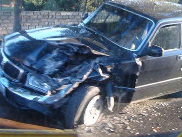 В Баку Kia врезалась в ГАЗ-3110: поврежден газопровод - ФОТО