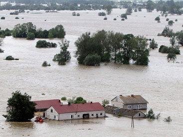 При наводнении в Индии погибли более 70 человек
