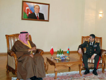 Азербайджан обсудил военное сотрудничество с Бахрейном