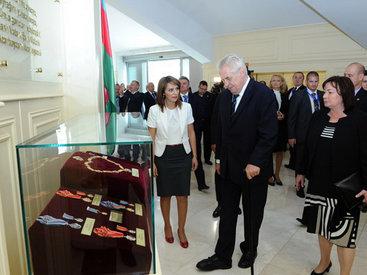 Президент Чехии побывал на Площади Государственного флага - ОБНОВЛЕНО - ФОТО
