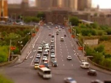 В Ереване проходит автомобильная акция протеста
