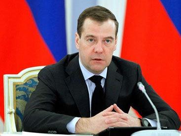 Медведев считает, что национализм может убить Россию