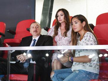 Президент Ильхам Алиев и его супруга Мехрибан Алиева наблюдали за матчем женских волейбольных команд Азербайджана и Турции в рамках первых Евроигр - ОБНОВЛЕНО - ФОТО