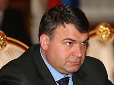 Экс-министру обороны России предъявили обвинения в халатности