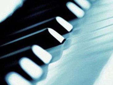 Азербайджанские музыканты получили инструменты ведущих европейских фирм