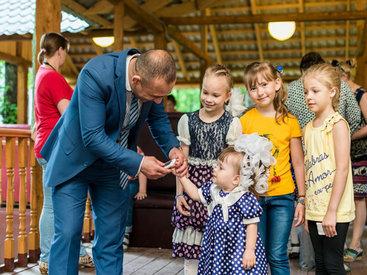 Российские дети-инвалиды посвятили свои работы Евроиграм - ФОТО